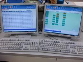 透析中の中央管理モニター
